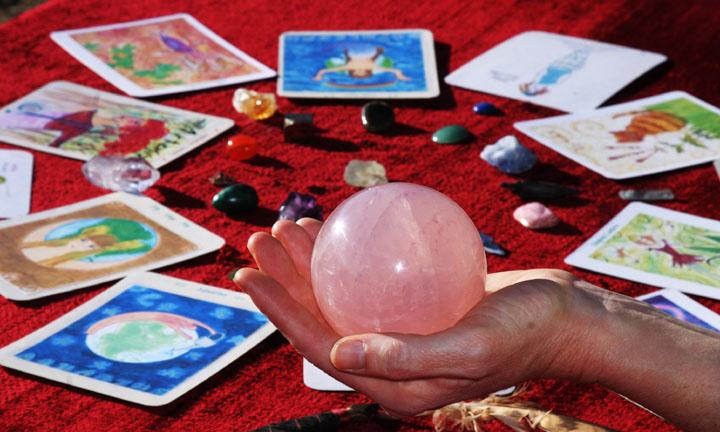 crystal-ball-reading