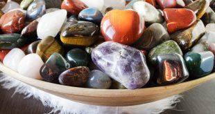 Crystals as Intuitive Aids
